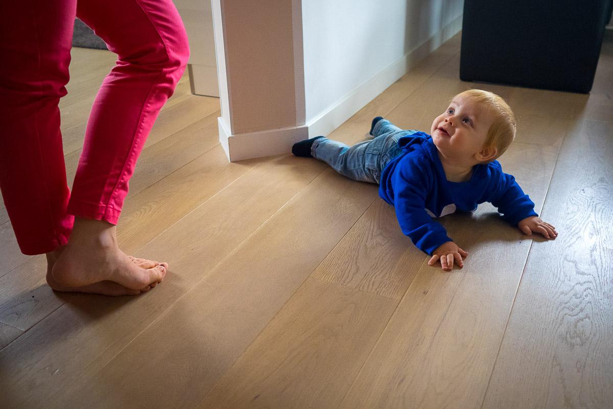 Kleinkind als Teil einer day in a life Fotoreportage