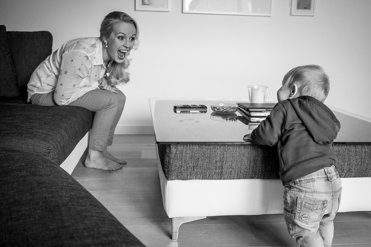 Mutter und Baby für Familienfotografin Solingen