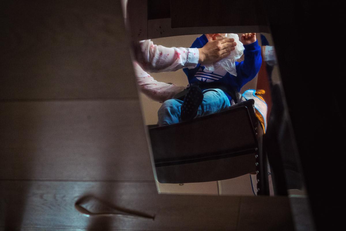 Familienfotografin Solingen: Familienfotos aus dem Alltag