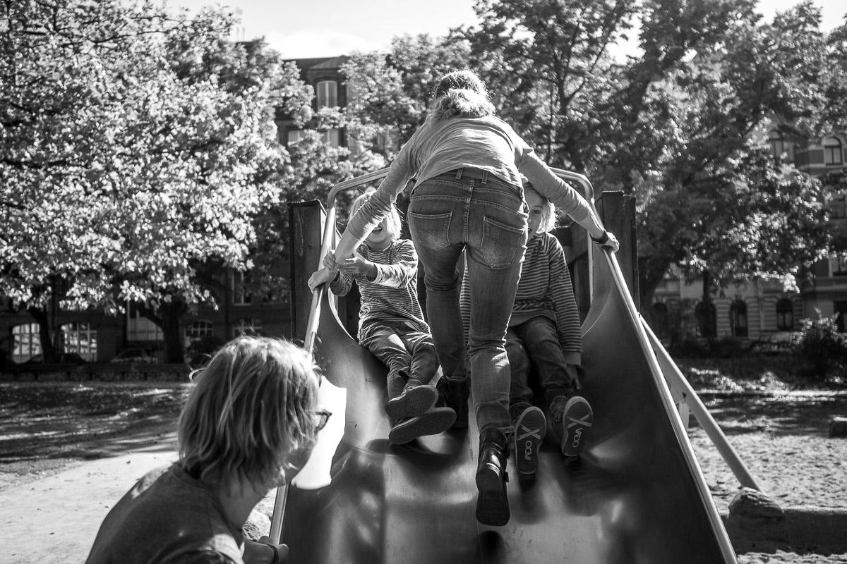 Spielplatzfotografie mit Großfamilie