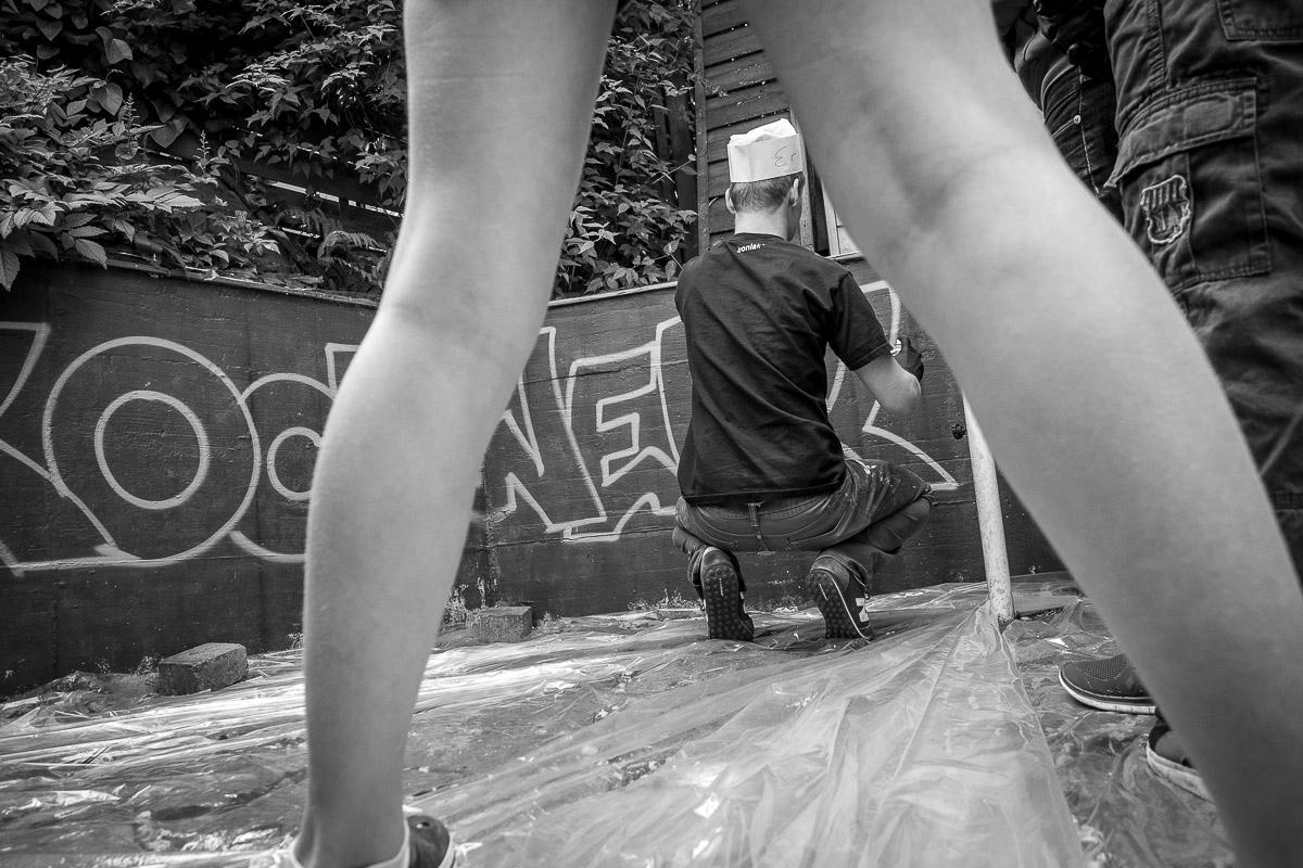 Graffitisprühen mit Kindern