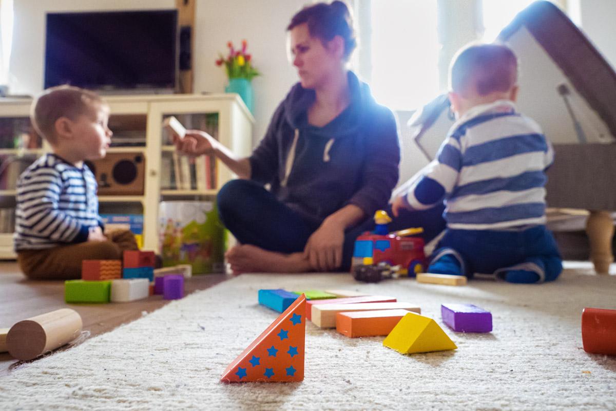 Bauklötze Spielen mit Mama