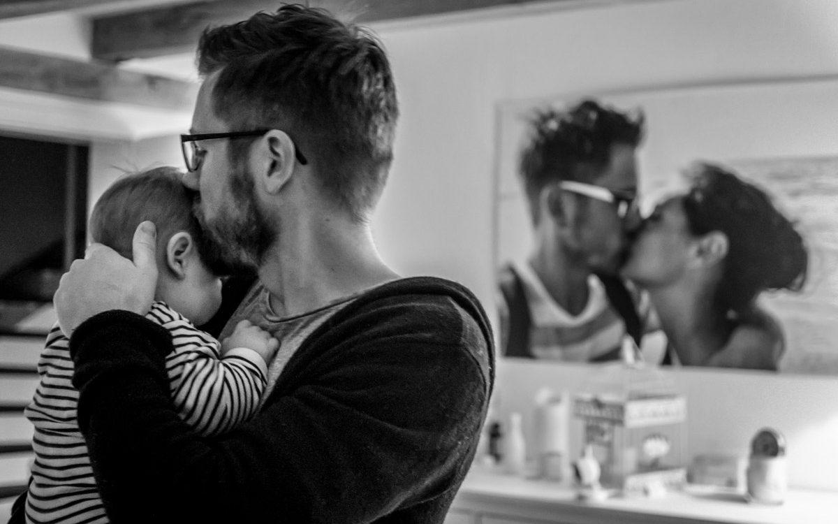 Vaterliebe mit Familienfotograf