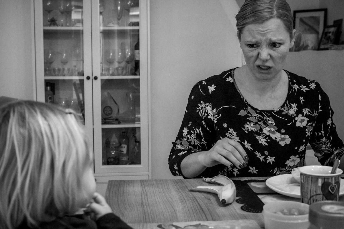 Frühstück mit Kindern Familienfotograf