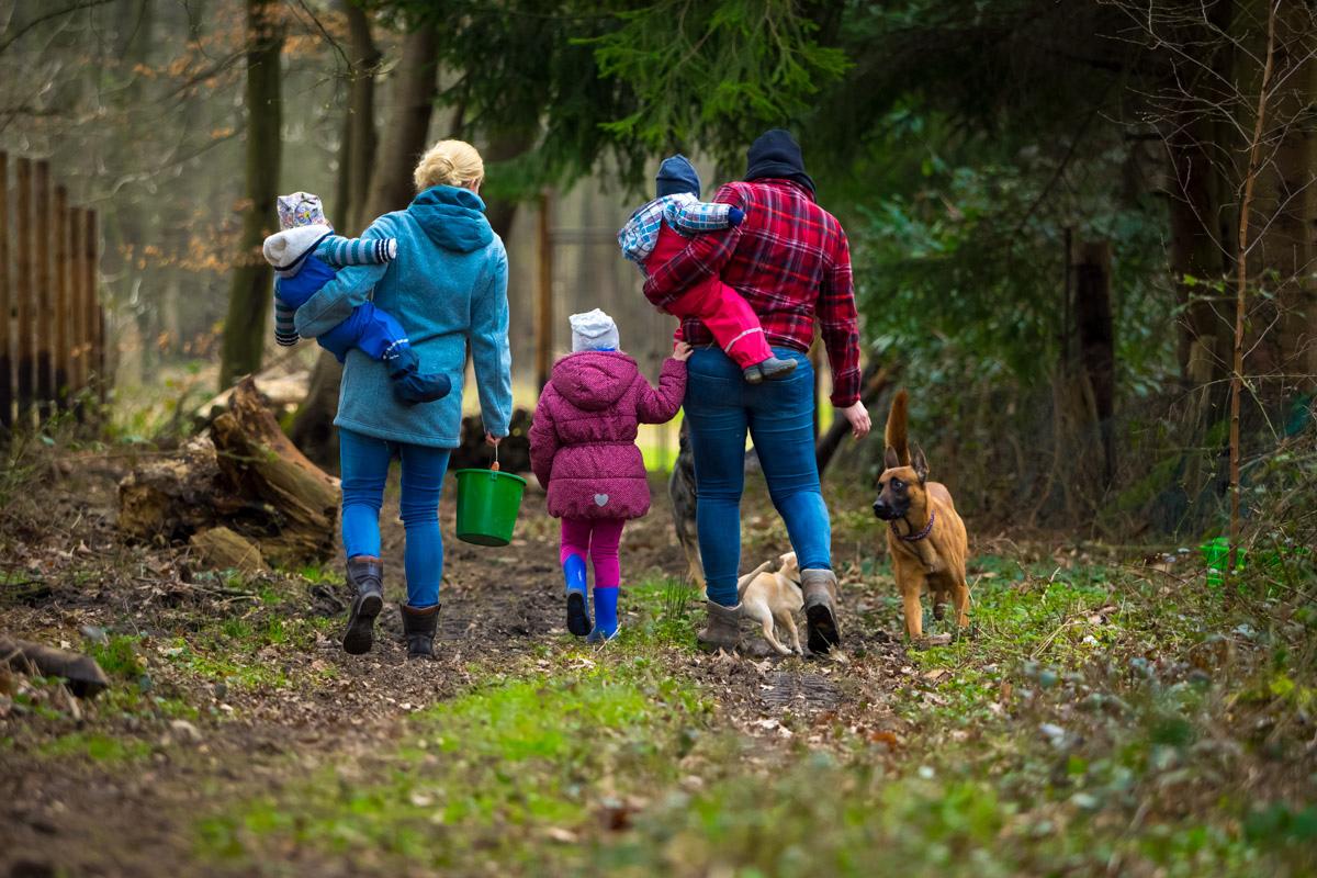 Ausflug mit Kind und Hund Familienfotografin