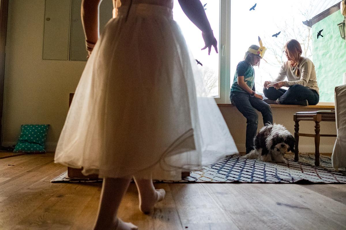 Familienleben mit Hund Familienfotograf Solingen