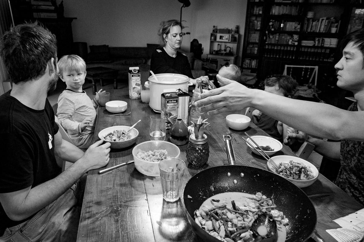Abendessen Großfamilie Familienfotograf