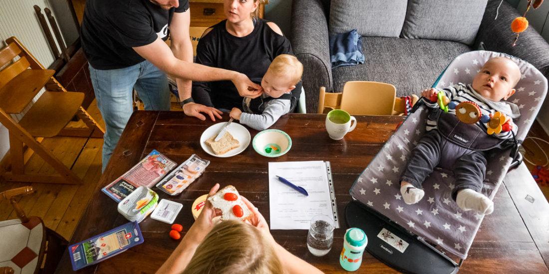 Frühstück als Großfamilie Familienfotos Düsseldorf