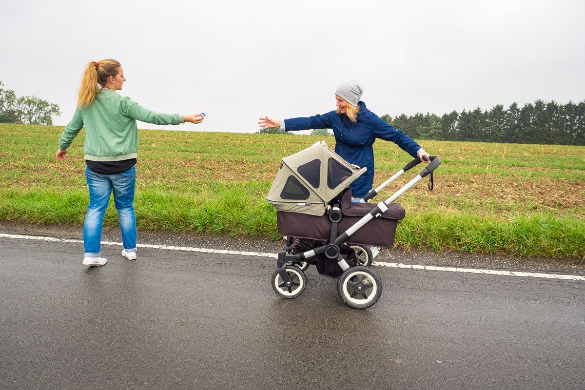 Mamas mit Kinderwagen Familien Fotoshooting Solingen