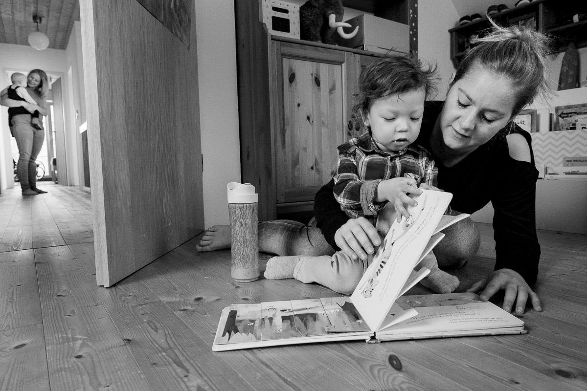 Mutter beim Vorlesen Solingen