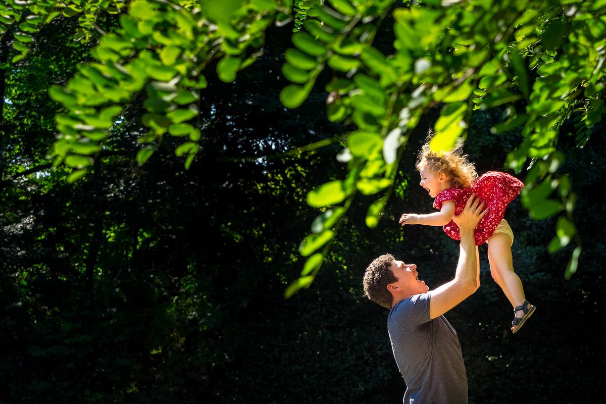 Familienfotos-auf-dem-Spielplatz-Familienfotoshooting-Solingen