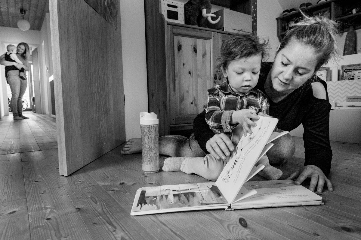 Mama mit Sohn Familienfotograf Solingen